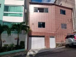 Itapuã apartamento 2/4 térreo