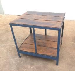 Mesa para chão de fábrica 880 x 730 x 840 mm