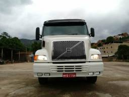 Volvo nh 380 6x2 - 2002