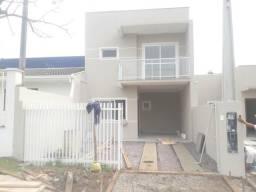 Sobrado 3 dormitórios 1 Suíte no Ouro Fino em São José dos Pinhais