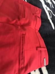 Calça vermelha P 40