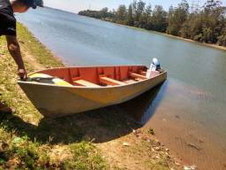 Barco com motor 25hp - 2000