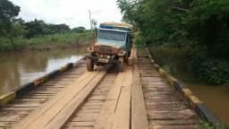 Toiota por caminhão