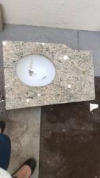 Pia para lavabo muito nova em granito 80x50