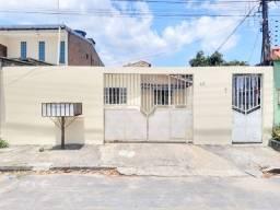 Casa de 2Qts + 3 Kitinetes p/ alugar/ Conjinto Vila Nova/ Com quintal/ Cidade Nova