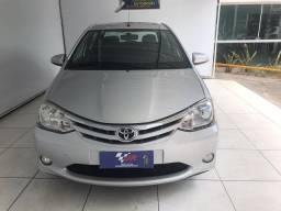 Toyota Etios 1.5 XS Sedan 2013 Completo