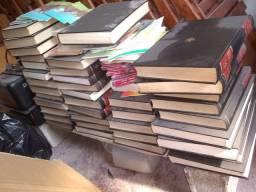 Livros enciclopédia