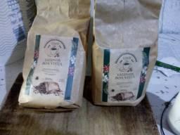 Cafe arábica s conservantes direto da fazenda do sul de mg