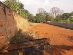 Artur Nogueira -Holambra - 100 metros do asfalto ,duas laterais muradas com energia