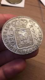 960 Reis 1818 soberba, sobre 8 Reales Carolius IIII com carimbo George 3