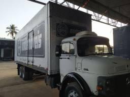 Mercedes benz 1316 truck baú