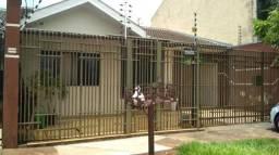 Casa para Venda em Maringá, Jardim Alvorada, 3 dormitórios, 1 suíte, 2 banheiros, 2 vagas