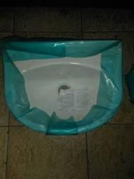 Pia para banheiro com suporte