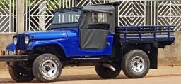 """"""" Oportunidade! Lindo Ford Jeep Diesel , Motor MWM 4x4 1975/1975 completo.''"""
