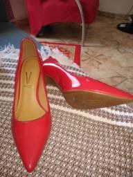 Sapato scarpan vermelho número 37