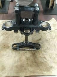 Mesa superior e  inferior  cb250 twister