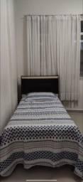 Cama de solteiro com baú e colchão