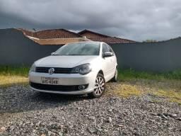 VW Polo 2012 com baixo km