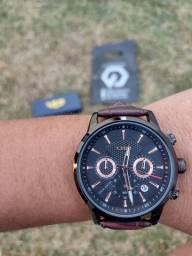 Relógio lige luxo analógico