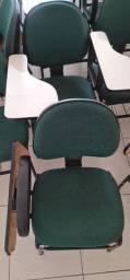 Cadeiras para alunos, cursos e estudantes