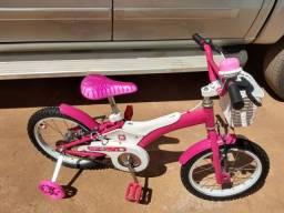 Bicicleta infantil aro 16  ( Hello Kitty )