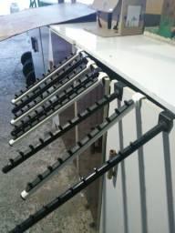 Suporte porta cabides para exposição