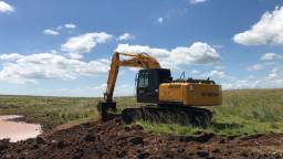 Escavadeira Hyundai R210LC7