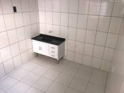 Casa de 3 comodos - quarto - cozinha - banheiro - 750,00