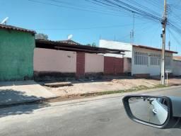 Casa no Centro - Senador Canedo