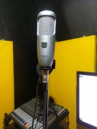 Microfone condensador akg Perception 100