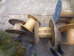 Bobinas de madeira