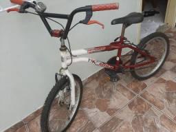 Vendo Bicicleta Big Bike Monster