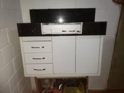 Armário de banheiro...