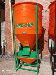 Título do anúncio: Misturador cremasco vertical 500kg