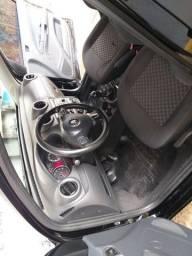 Volkswagen Voyage 1.6 Msi Comfortline 14/15 R$ 33,000,00