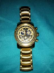 Relógio BVGARI em ótimo estado de uso