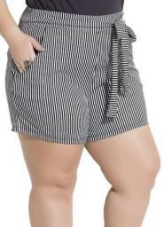 Shorts Listrado com Bolsos Plus Size Marguerite - Tamanho 56 (NOVO)