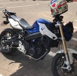 Vendo Moto BMW F 800 R novíssima