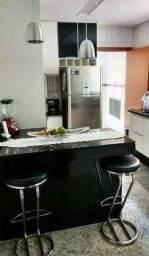 Linda casa de 2 quartos em Sepetiba