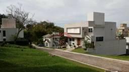 % Ótimo Terreno em Canasvieiras Condomínio fechado 364m2, de alto padrão