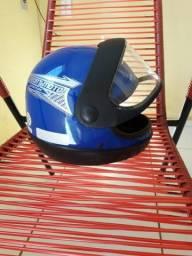 Dois capacetes comprados recentemente!