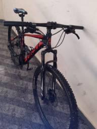 Vendo duas bicicleta First