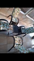 Cadeiras com mesa de centro - parcelo no crediário