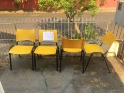 Cadeiras para escritório usada