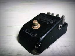 Pedal de Distorção Marshal Jackhammer JH-1
