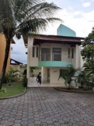 Aluga casa em Condominio no Centro