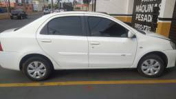 Etios sedan 1.5 xs