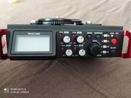 Gravador de Áudio Tascam