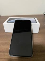 iPhone XR 64 GB com garantia e sem marcas de uso