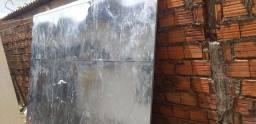 Painel de zinco com reforço de ferro